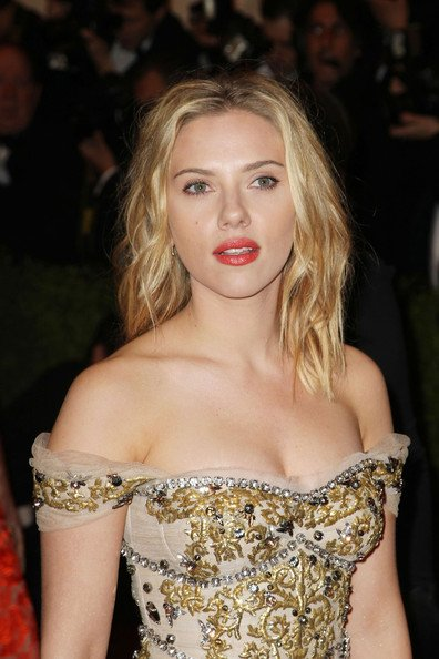 Avengers at the Met - Scarlett 4